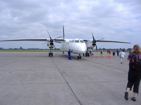 To Phnom Penh via Pakse by Lao Airline