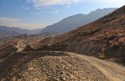 アフガニスタンのサラン峠で道路改修事業、アジア開発銀行